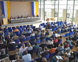 Teilnehmer bei Podiumsdiskussion